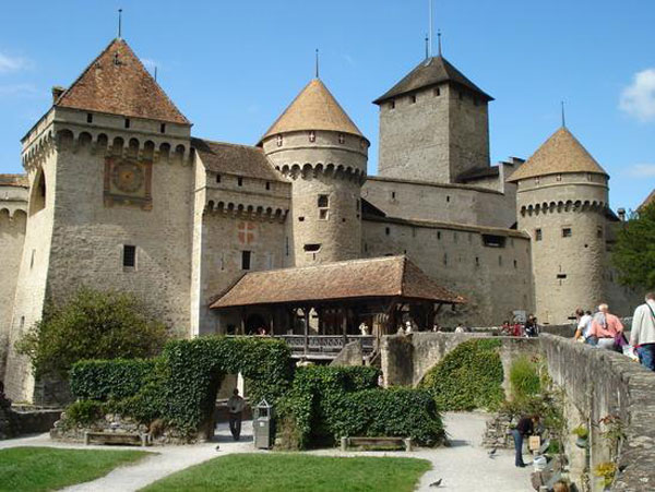 chillon-castle-switzerland