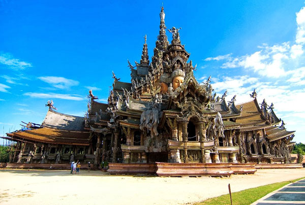 sanctuary-of-truth-pattaya