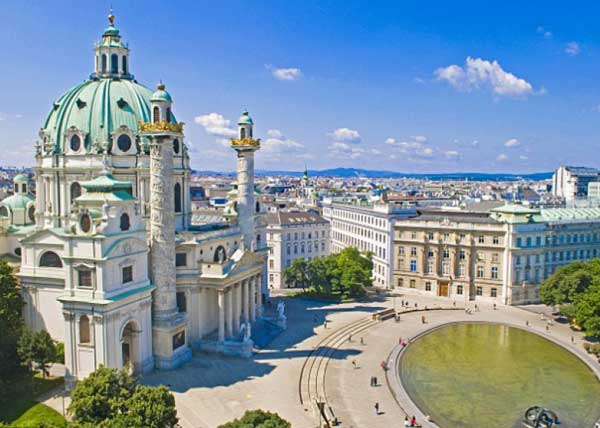 Vienna: Sightseeing in the Heart of Austria